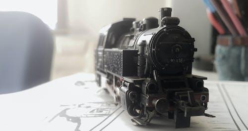 Foto profissional grátis de estrada, estrada de ferro, ferro, locomotiva