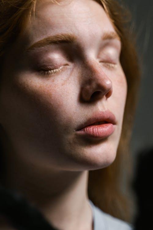 Darmowe zdjęcie z galerii z dziewczyna, głowa, kobieta