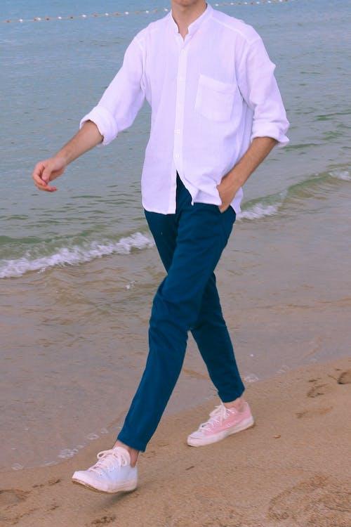 Foto d'estoc gratuïta de a l'aire lliure, aigua, boda a la platja