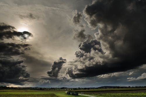 Gratis stockfoto met bewolkt, boerderij, donder, donker