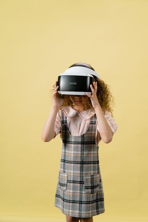 Безкоштовне стокове фото на тему «vr окуляри, vr-окуляри, вертикальний»