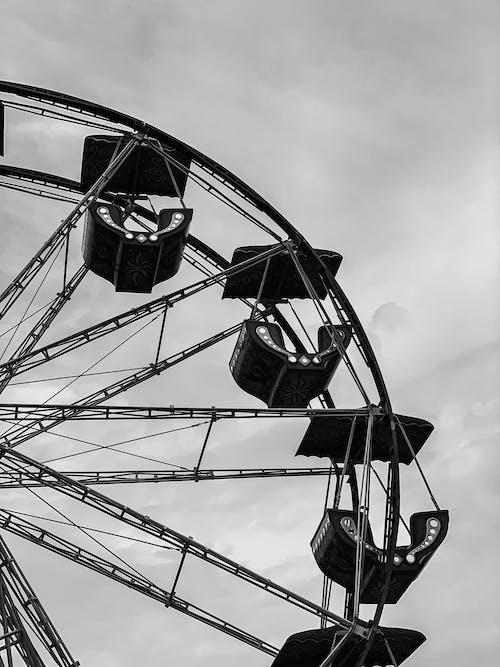 Grayscale Photo of a Ferris Wheel