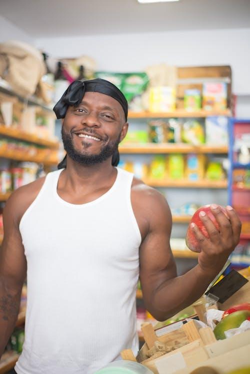 Imagine de stoc gratuită din băcănie, bărbat afro-american, cumpărături