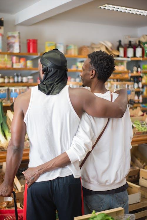 Foto stok gratis bahan makanan, berbelanja, gay