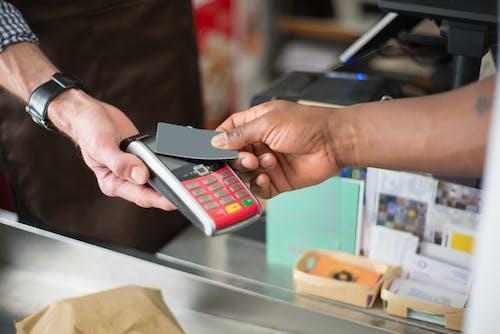 Kostenloses Stock Foto zu bankkarte, einkaufen, elektrik
