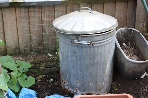 Бесплатное стоковое фото с садовый мусорный бак