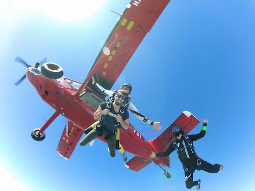 Photos gratuites de euphorie, faire du parachute, parachutisme