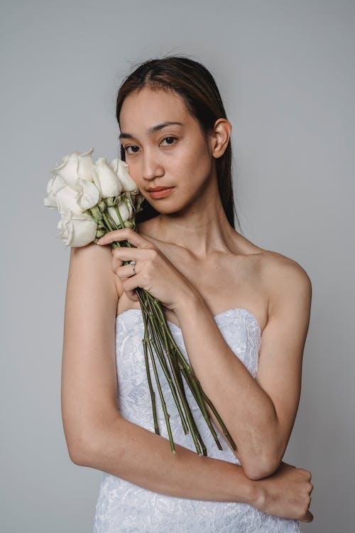 Foto profissional grátis de atraente, bonito, elegante