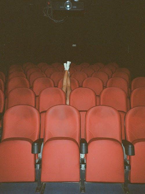垂直拍攝, 室內, 座位 的 免費圖庫相片