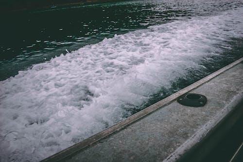 Foto stok gratis air, air putih, bangun, kapal