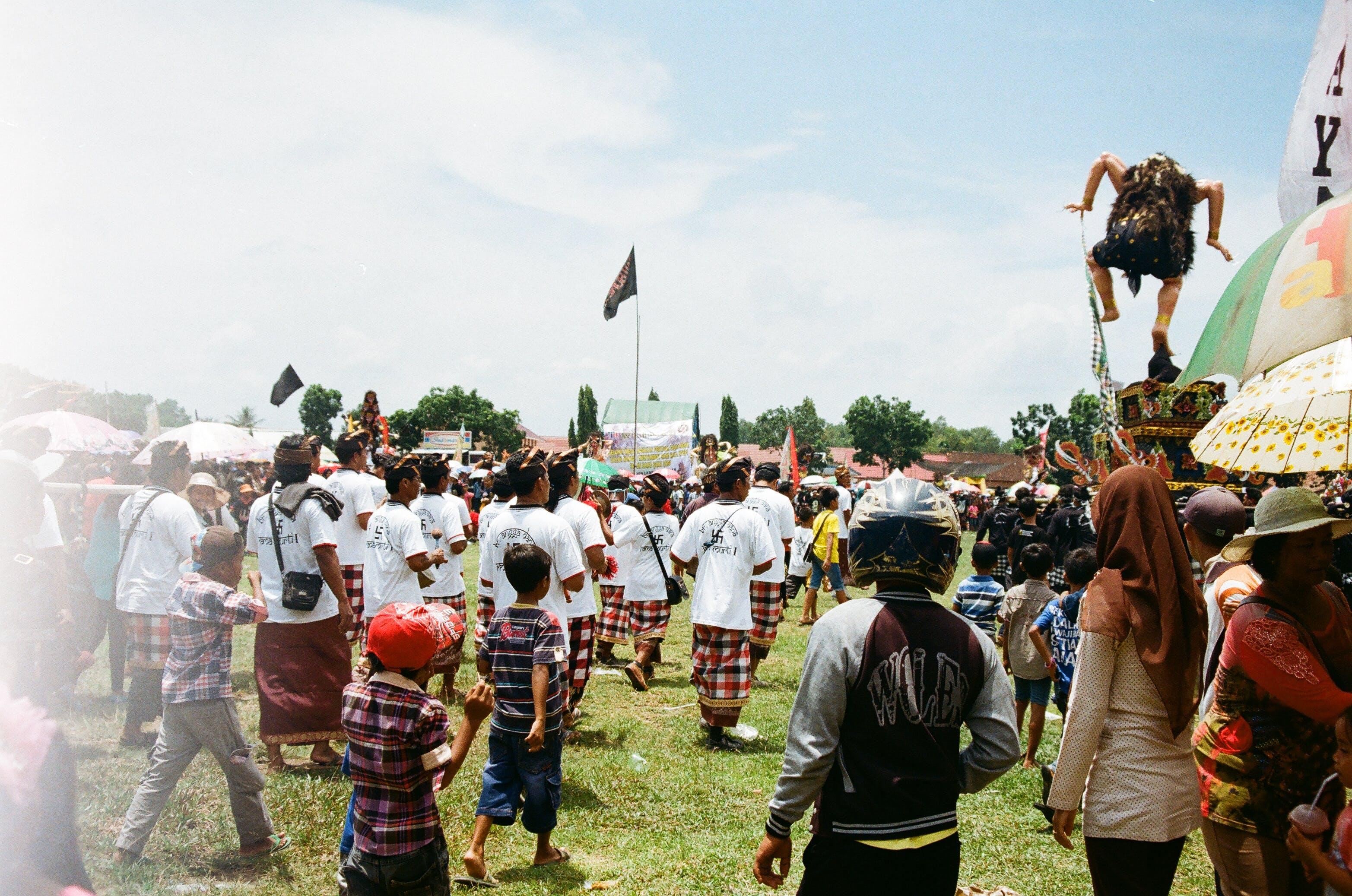 Darmowe zdjęcie z galerii z azjaci, festiwal, ludzie, nosić