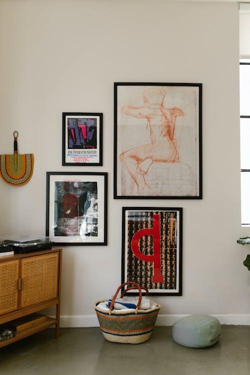 çerçeveler, dekorasyonlar, dikey içeren Ücretsiz stok fotoğraf