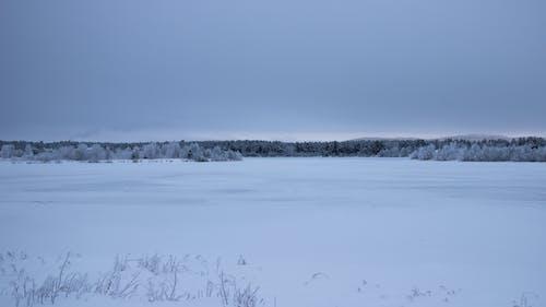 Gratis arkivbilde med frossen innsjø, horisontal glød, lappland, vinter