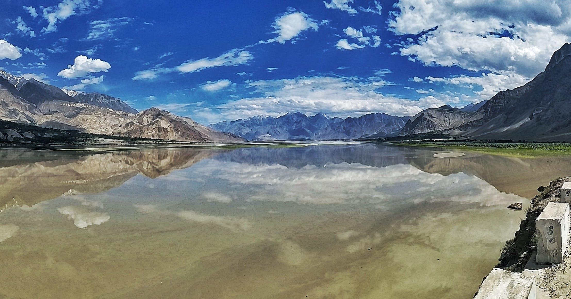 Foto d'estoc gratuïta de a pagès, aigua, cel, cim