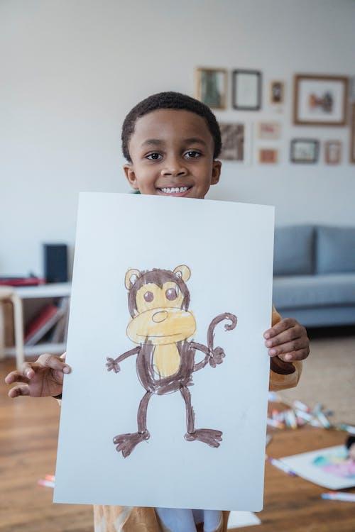Gratis arkivbilde med ape, apekatt, barn
