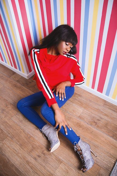 Základová fotografie zdarma na téma černá holka, černoška, červená