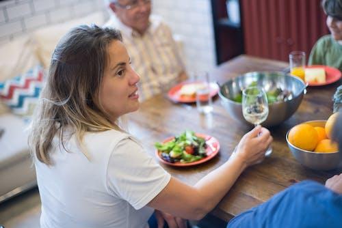 Imagine de stoc gratuită din ascultă, așezat, bucătărie