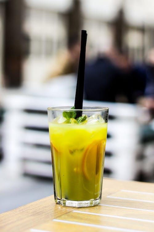 Foto d'estoc gratuïta de bar, beguda, canya, còctel