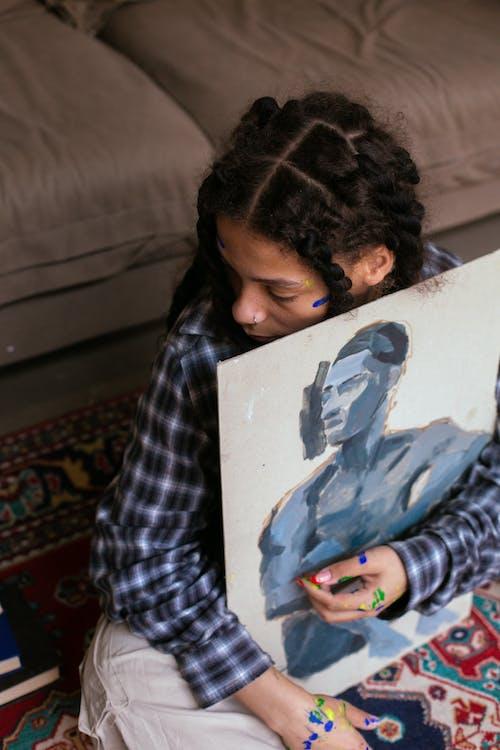 Gratis arkivbilde med afrikansk-amerikansk, artist, flettet hår