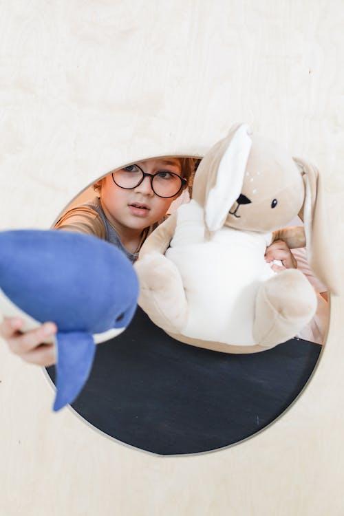 Gratis stockfoto met aanbiddelijk, bril, kid