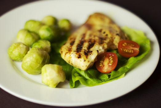 Free stock photo of tomatoes, chicken, lettuce, grilled