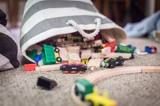 Kostenloses Stock Foto zu streifen, kinderzimmer, spielzeugzug, spielzeug raum