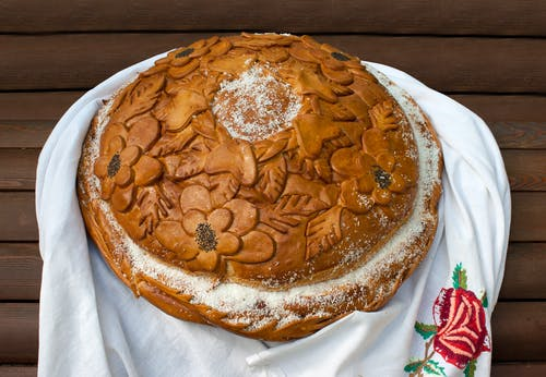 Brown Sugary Bread With Floral Design