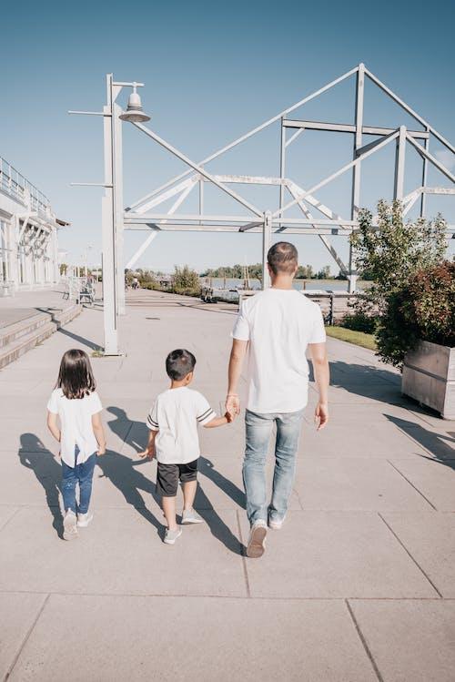 一起, 人行道, 兒童 的 免費圖庫相片