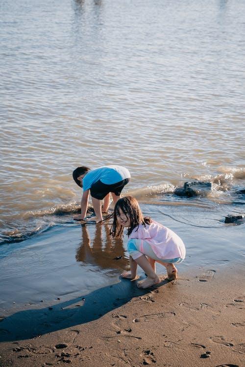 キッズ, ハッピー, ビーチの無料の写真素材