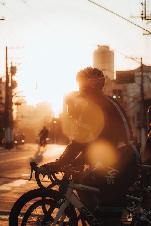 アクション, おとこ, サイクリストの無料の写真素材