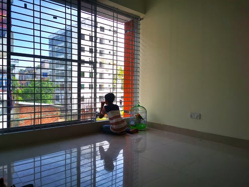 Foto profissional grátis de confinamento de verão, garoto, isolado