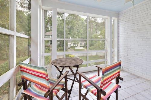 Gratis stockfoto met architectuur, balkon, binnen