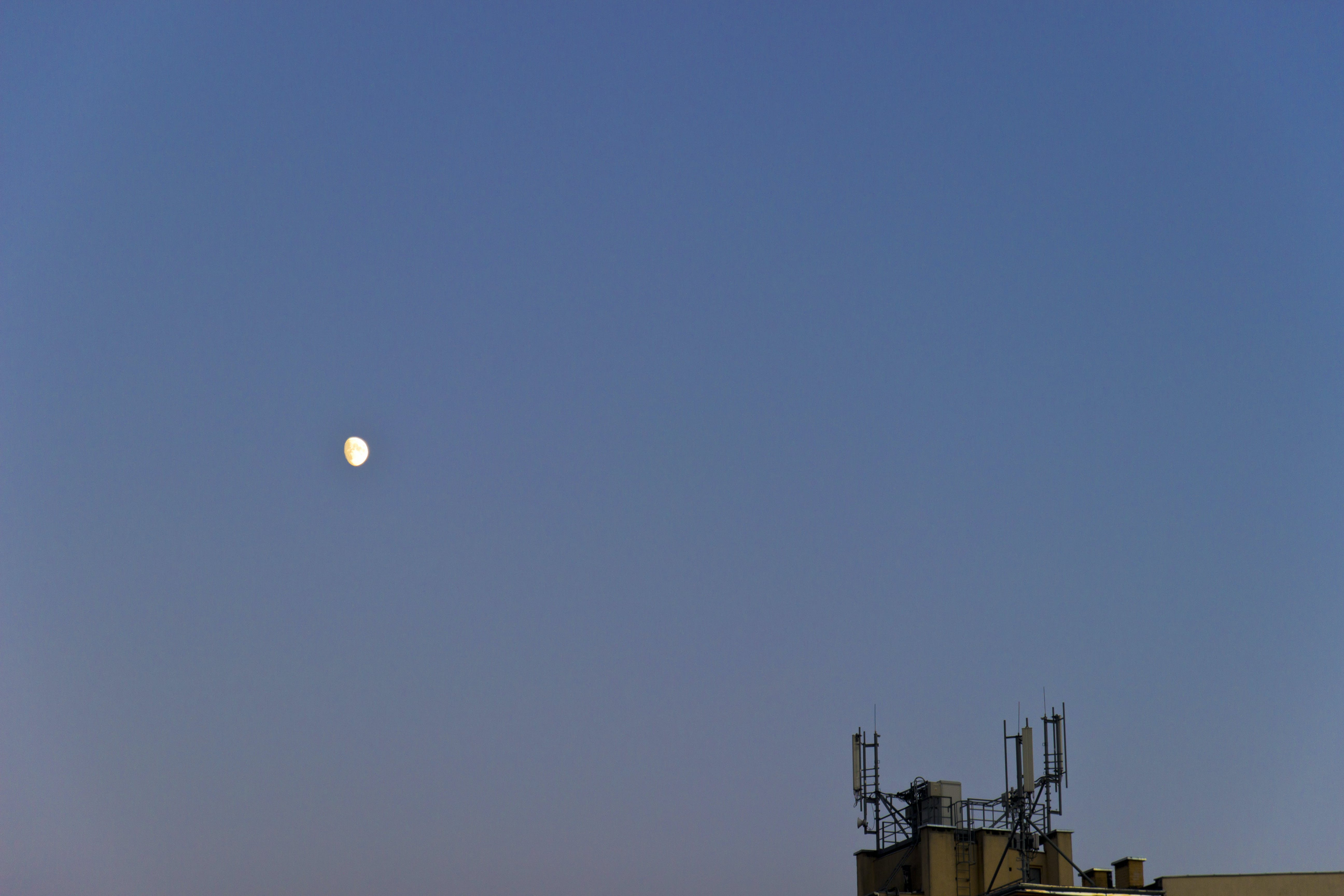 Free stock photo of roof, moon, antenna