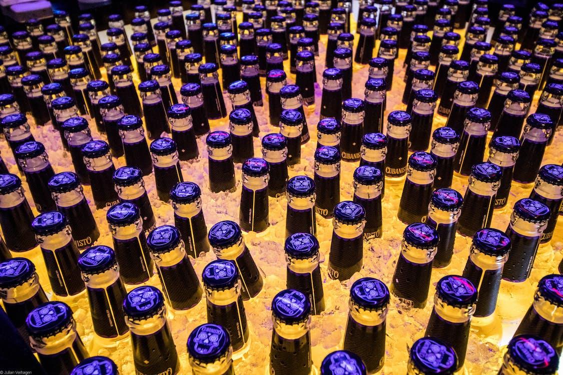 Photos gratuites de bière, bleu, bouteille de bière