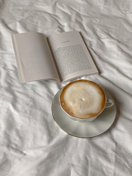 Ingyenes stockfotó cappuccino, csésze, csészealj témában