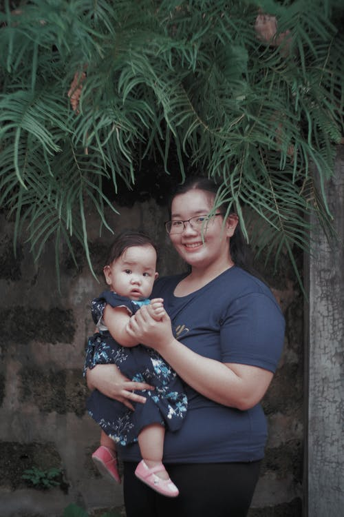 Free stock photo of asian mother, daughter, mother