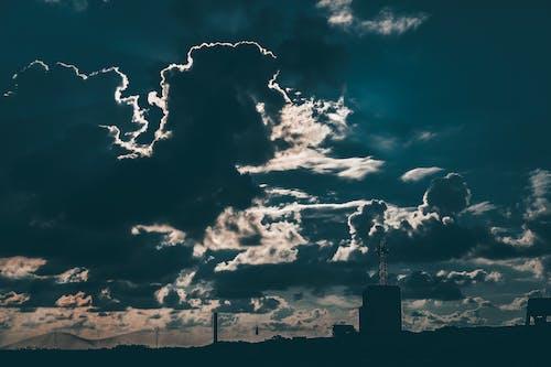 Imagine de stoc gratuită din cer, clădire, fotografie de unghi larg, închis la culoare