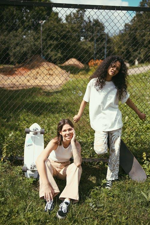 アダルト, スケーター, スケーターの女の子の無料の写真素材