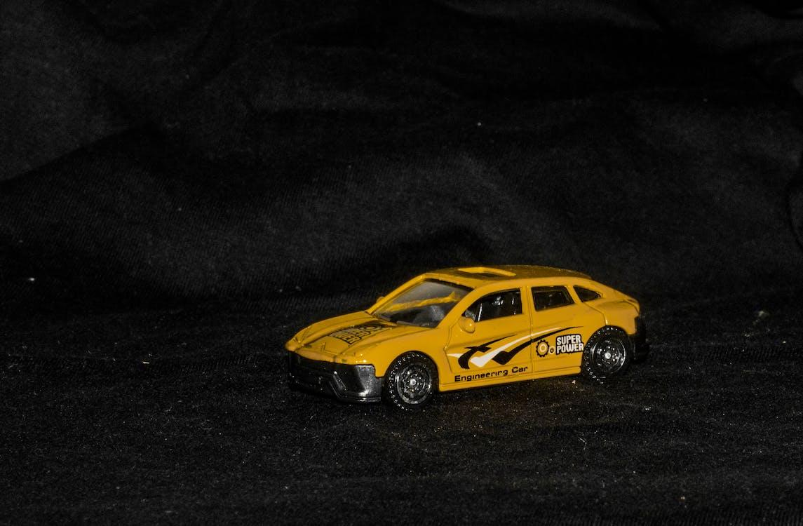 Foto profissional grátis de automóvel, brinquedo, brinquedo de plástico