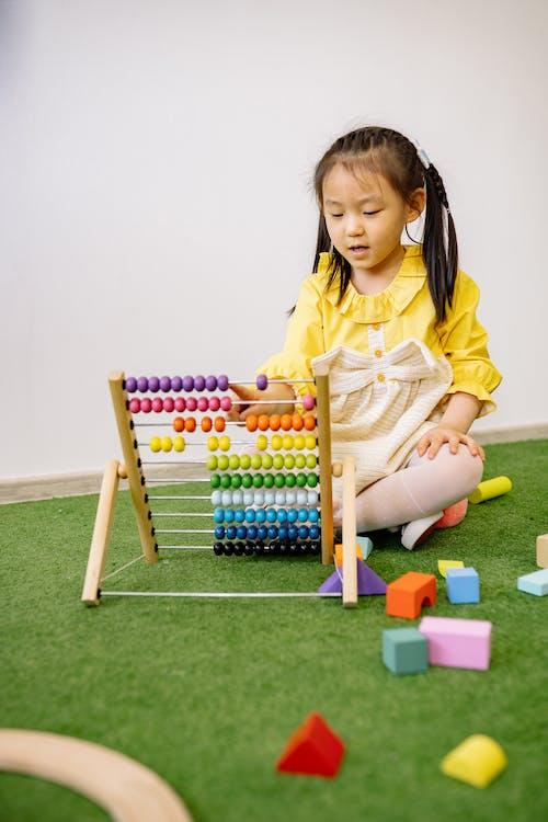 Gratis stockfoto met aan het leren, Aziatisch meisje, crèche