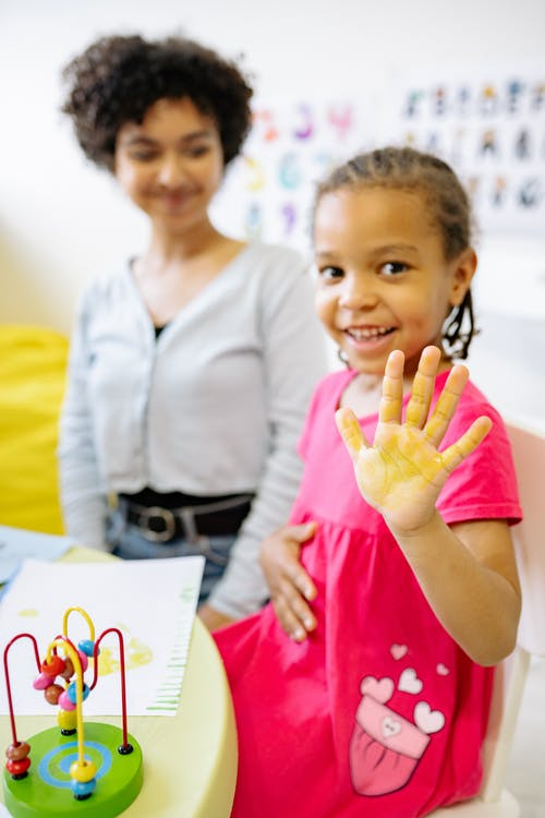 Foto stok gratis anak, berfokus, berkonsentrasi
