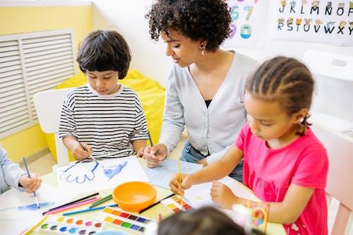 Ingyenes stockfotó általános iskola, beltéri, boldogság témában