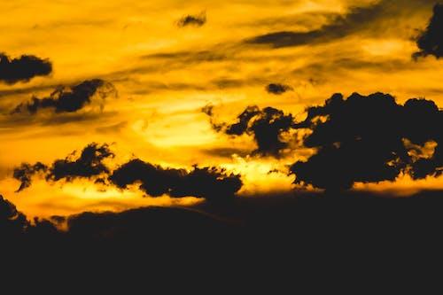 검은 구름, 골든 아워, 구름, 역광을 받은의 무료 스톡 사진