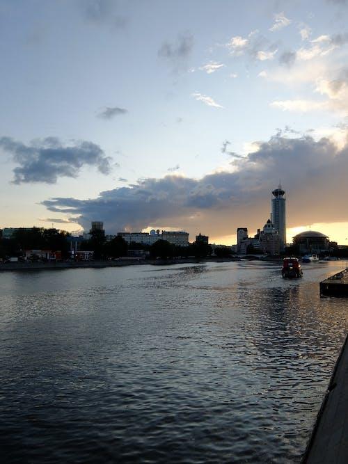 Бесплатное стоковое фото с москва, набережная, река