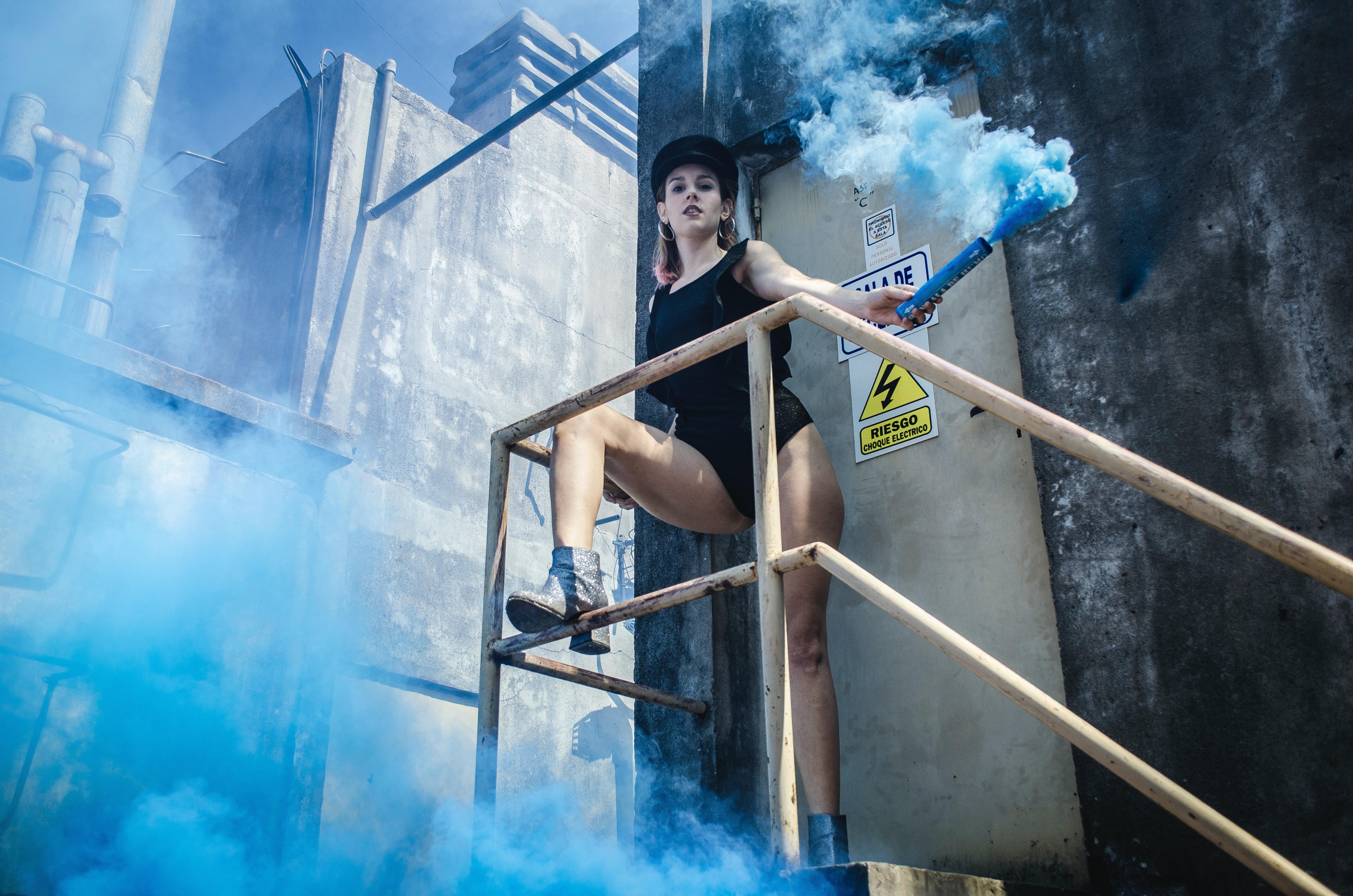 500 Beautiful Smoke Bomb Photos Pexels Free Stock Photos