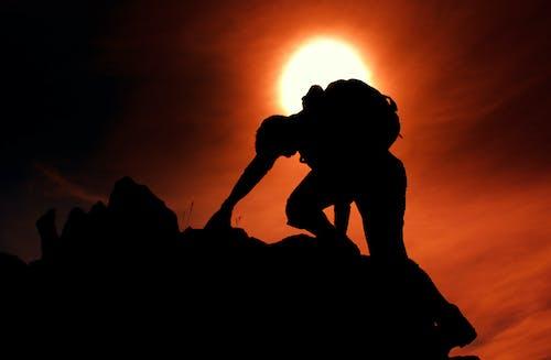 Foto profissional grátis de alpinista, alvorecer, amanhecer