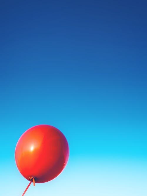 Kostenloses Stock Foto zu ballon, gummi, himmel, rot