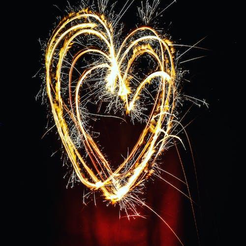 Δωρεάν στοκ φωτογραφιών με αστράκι, αφρώδης, καρδιά, λαμπρός