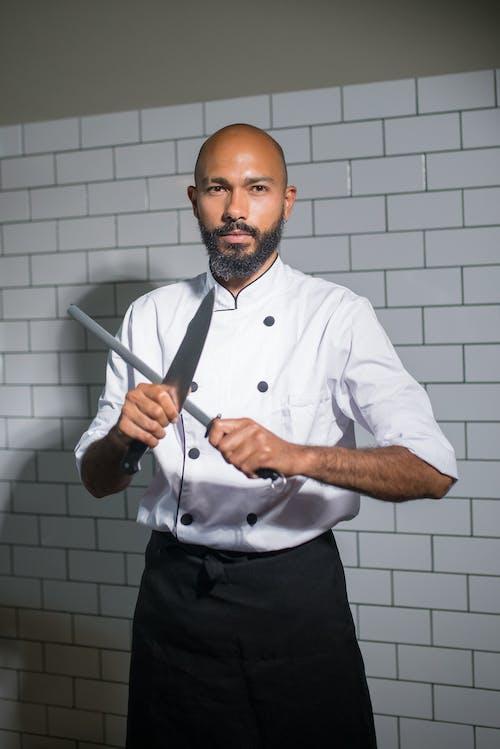 Kostenloses Stock Foto zu koch, kochen, kulinarisch