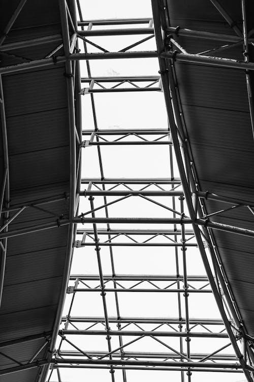 Бесплатное стоковое фото с архитектура, бизнес, выражение